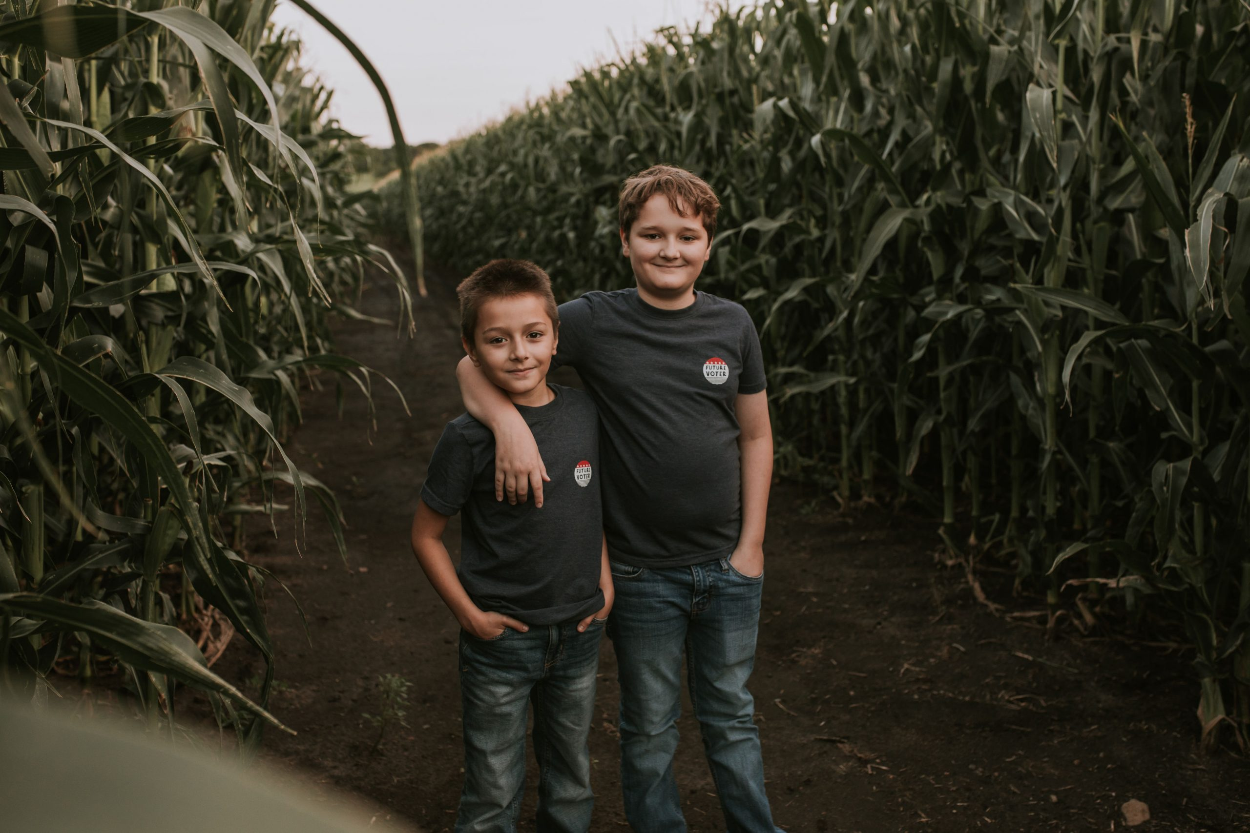 https://katywestlund.com/wp-content/uploads/sites/3/2020/09/boys-in-corn-field-scaled.jpg